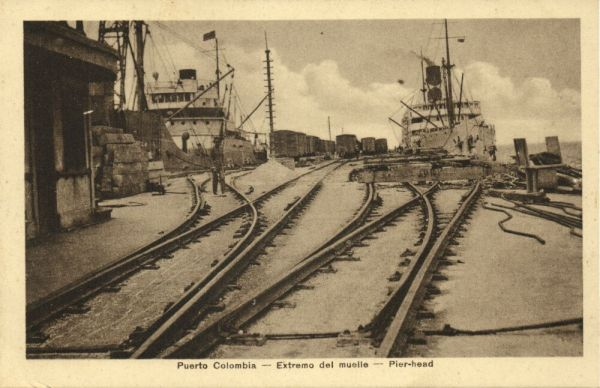 colombia, PUERTO COLOMBIA, Extremo del Muelle, Pier-Head, Harbour with Steamers and Trains (1910s) J. Isaza A. Editor