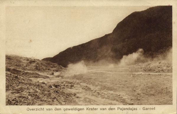 indonesia, JAVA GAROET, Crater of the Pajandajas Volcano (1921) Postcard